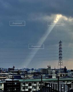 鉄塔の光の写真・画像素材[4538085]