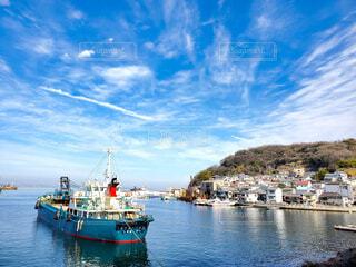 風景,海,空,屋外,島,船,水面,景色,港,サイクリング,離島,港町,車両,島旅