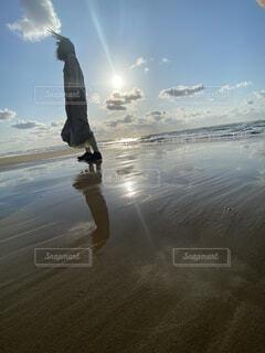 自然,海,空,屋外,湖,砂,ビーチ,雲,水面,水平線,光,風