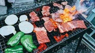 食べ物,パーティ,野菜,グリル,炎,ピーマン,火,肉,網,石,バーベキュー,BBQ,雰囲気,ナス