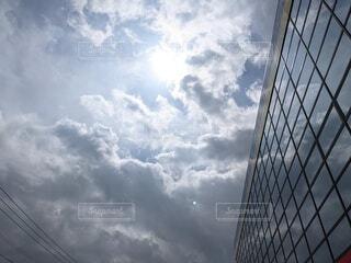 空,建物,屋外,雲,くもり