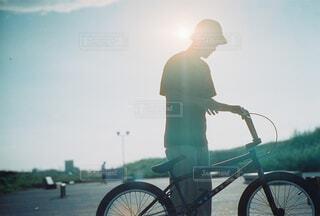 空,自転車,屋外,ストリート,BMX,車両,ホイール,エクストリームスポーツ,スケートパーク,陸上車両,自転車のホイール