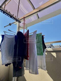 洗濯物 たこ足物干しの写真・画像素材[4538484]