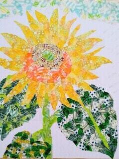 マスキングテープをちぎって貼り合わせ 表現した向日葵の写真・画像素材[4671147]