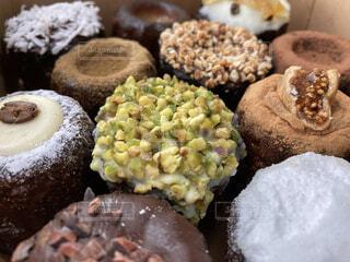 食べ物,スイーツ,食事,葉,フード,デザート,オシャレ,カヌレ,デコレーション,焼き菓子,菓子,甘いもの,飲食,トッピング,可愛いお菓子