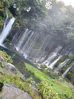 大きな滝の写真・画像素材[4529506]