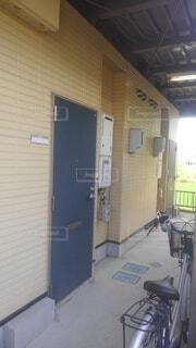 家の玄関先の写真・画像素材[4546341]