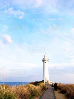 海の近くに建つ塔の写真・画像素材[4568006]