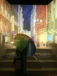 レインボーな傘の写真・画像素材[4601617]