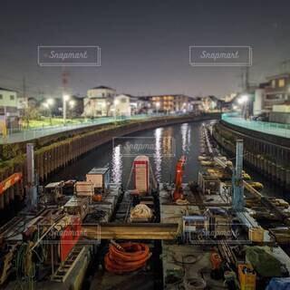 川床掘削工事の水上基地の写真・画像素材[4620945]