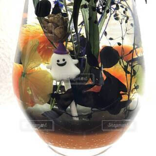 しずくボトルで作ったハロウィン仕様のハーバリウム★オバケの写真・画像素材[4897335]
