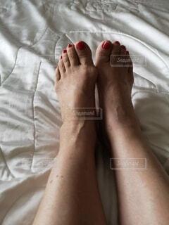 屋内,赤,足,裸足,人物,人,爪,人生,ペディキュア,つま先,ベッド,静脈,フィート