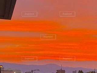 自然,風景,空,屋外,雲,夕暮れ,山,オレンジ,絵画,日の出