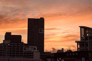 空,建物,屋外,雲,夕暮れ,タワー,高層ビル,日の出,アーキテクチャ