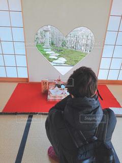 屋内,京都,アート,人物,人,デザイン,イノシシ,猪目窓