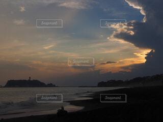 自然,風景,空,屋外,湖,ビーチ,雲,夕暮れ,水面,海岸,湘南,鎌倉,くもり