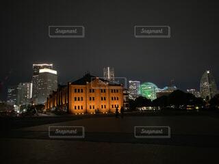 空,建物,夜景,屋外,赤,都会,高層ビル,横浜,赤レンガ,夜のドライブ