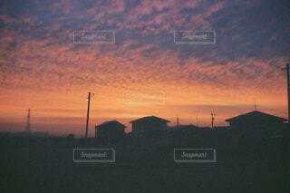 風景,空,屋外,太陽,雲,夕暮れ,田舎,電柱,屋根,帰り道