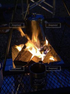 屋外,キャンプ,火,焚き火,ロゴス,ファミリーキャンプ