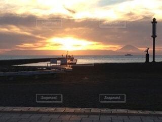 風景,海,空,屋外,太陽,ビーチ,雲,夕暮れ,船,水面