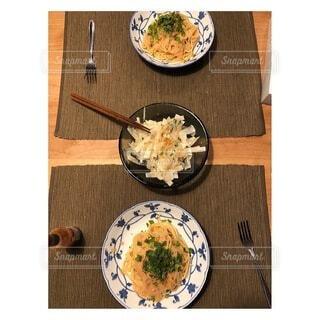 食べ物,屋内,野菜,皿,食器,サラダ,箸,料理,木目,レシピ,ファストフード,大皿,ボウル