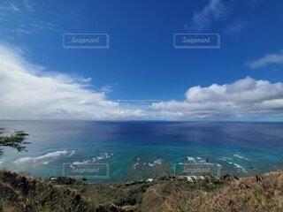 自然,風景,海,空,屋外,湖,ビーチ,雲,晴れ,島,虹,水面,海岸,山,景色,ハワイ,眺め,日中,海洋地形
