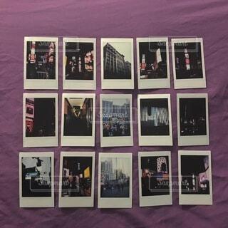 本,アート,絵画,写真,額縁,ポスター,チェキ,NYC,フィルム写真,テキスト