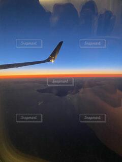 空,屋外,雲,飛行機,空の旅,車両