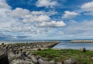 自然,風景,海,空,夏,屋外,ビーチ,雲,青空,砂浜,水面,海岸,草,岩,浜辺,石,眺め