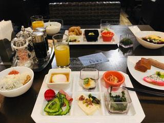 ホテルで朝食の写真・画像素材[2482168]