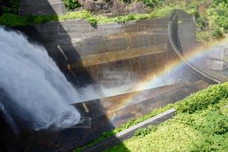ダムと虹の写真・画像素材[2511116]