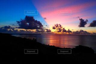 自然,風景,海,空,夕日,屋外,太陽,ビーチ,雲,夕焼け,夕暮れ,川,暗い,水面,沖縄,波照間島,ペンション最南端