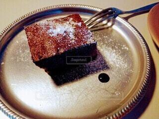 食べ物,カフェ,ケーキ,屋内,デザート,フォーク,皿,チョコレート,おいしい,チョコ,アフタヌーンティー,菓子,チョコケーキ,物,別腹
