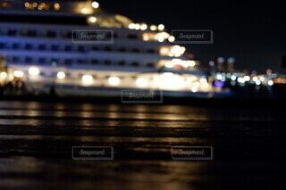 夜景,船,水面,明るい,大さん橋