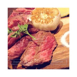 食べ物,赤,Instagram,肉,料理,おいしい,ステーキ,ローストビーフ,インスタ,赤身肉,インスタ映え,動物性脂肪