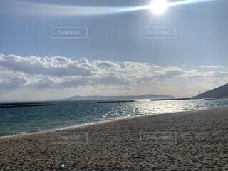 自然,風景,海,空,夏,海水浴,屋外,太陽,ビーチ,雲,綺麗,晴れ,砂浜,海辺,水面,海岸,日光,オシャレ,summer,雰囲気,素敵,広い,日中,おしゃれ,おひさま