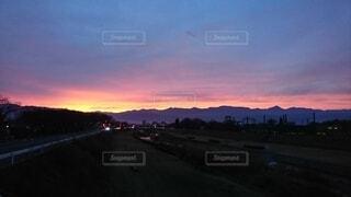 風景,空,屋外,雲,夕暮れ,道路,山,樹木,道,信州,晩秋