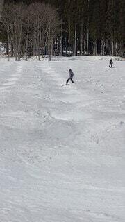 自然,雪,屋外,飛ぶ,スキー,ゲレンデ,スノーボード,斜面,挑戦,初心者,ポール,ヒット,スポーツ用品,モーグル,ボーゲン