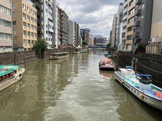 風景,空,建物,屋外,湖,ボート,船,川,水面,都会,旅行,港,運河,車両,水上バイク