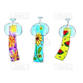 夏,イラスト,花火,絵,ガラス,風鈴,涼しい,音,可愛い,ほっこり,風物詩,柄,アナログ,手描き,夏の風物詩,3,ゆるい,ヒマワリ,ふうりん,温かみ,3つ,スイカ柄