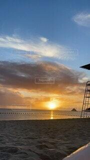 空,屋外,湖,太陽,ビーチ,雲,夕暮れ,水面