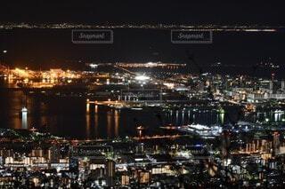 空,建物,夜,屋外,水面,都市,都会,高層ビル