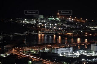 空,建物,夜,橋,屋外,湖,水面,都市,工場,都会,高層ビル,明るい