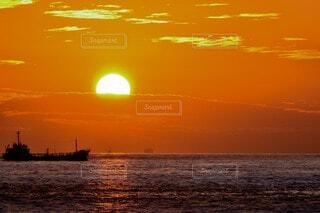 自然,海,空,屋外,湖,太陽,ビーチ,雲,ボート,夕暮れ,船,水面,日の出,車両,水上バイク
