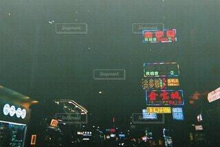 夜,海外,看板,街,旅行,市場,フィルム,写ルンです,テキスト