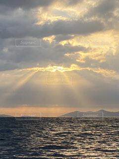 自然,風景,海,空,屋外,湖,太陽,ビーチ,雲,夕暮れ,水面,山,日の出,くもり