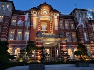 夜の東京駅の写真・画像素材[4674753]