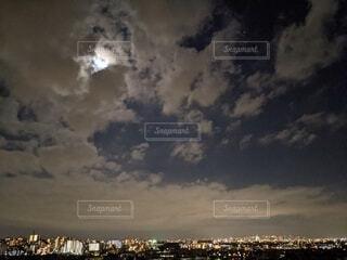 自然,風景,空,夜景,屋外,雲,月,満月,くもり,月見,中秋の名月,お月見,満月の夜