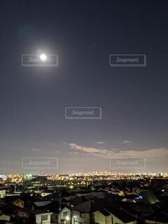 自然,風景,空,夜景,雲,晴天,都会,月,満月,月見,中秋の名月,お月見,満月の夜