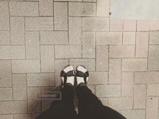 夏,サンダル,足元,足,人物,人,履物,タイル張り